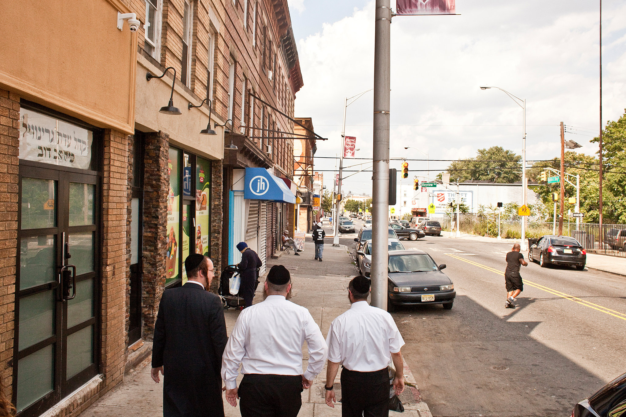 king city jewish singles What it looks like to be a woman in the orthodox jewish  the beauty of the daughter of a king—a religious woman—lies within  a single woman.